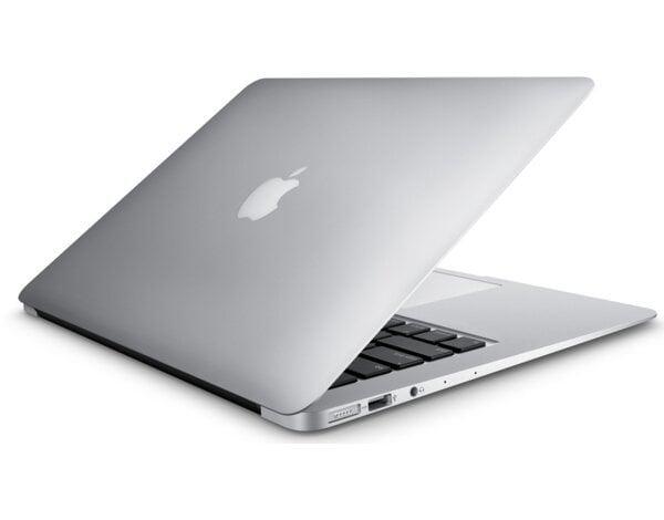 Laptop APPLE MacBook Air 13 MQD32ZE/A i5/8GB/128GB SSD/MacOS